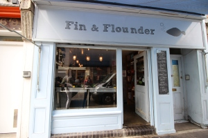 Fin & Founder - Fish Store
